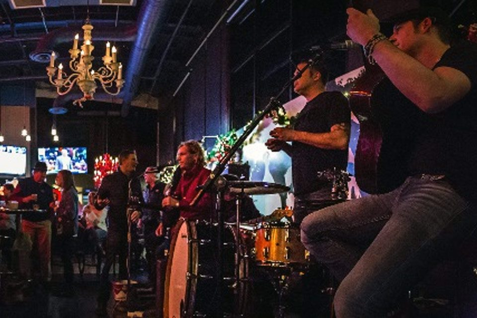 Suburban Love Junkies Celebrate the Holidays at Workplay